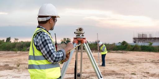 خدمات نقشه برداری قبل از احداث ساختمان